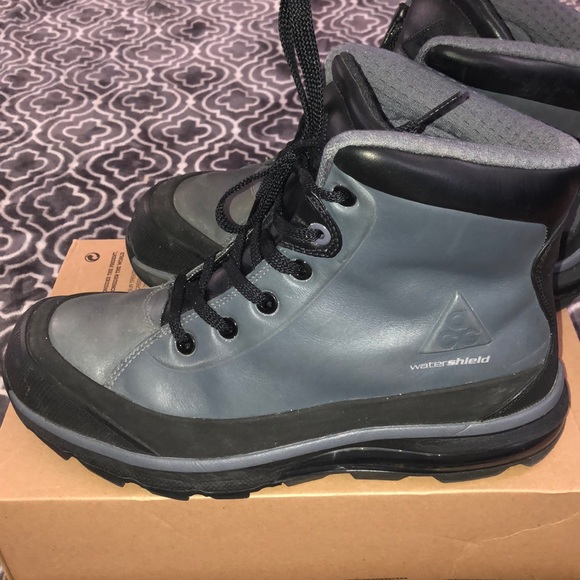 best website f3693 35df9 Nike Air Max Conquer ACG Watershield Boot SZ 10.5.  M 5c4caec90cb5aab45a674acb